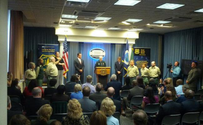 Chief Tidwell naming Governor Schwarzenegger an honorary forest ranger