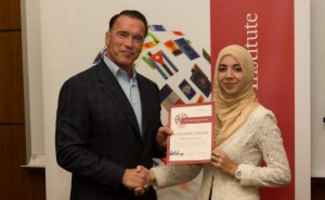Governor Schwarzenegger Honors Students